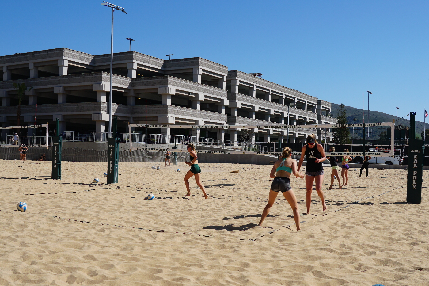No 8 Beach Volleyball To Play First On Campus Matches Against Ranked Opponents At The Center Of Effort Beach Volleyball Challenge Mustang News